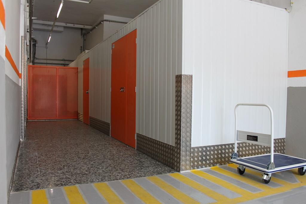 Area box trasteros en alquiler en barcelona tu for Trasteros prefabricados precios
